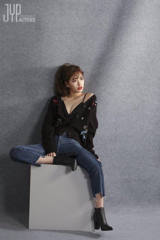 Kể cả trong ảnh hậu trường, Suzy vẫn long lanh như thế này - Ảnh 6.