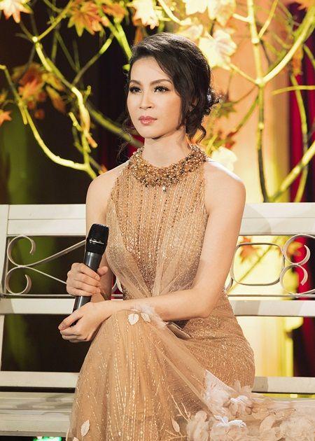 Thanh Mai trẻ trung, duyên dáng trên sân khấu Tình khúc vượt thời gian - Ảnh 1.