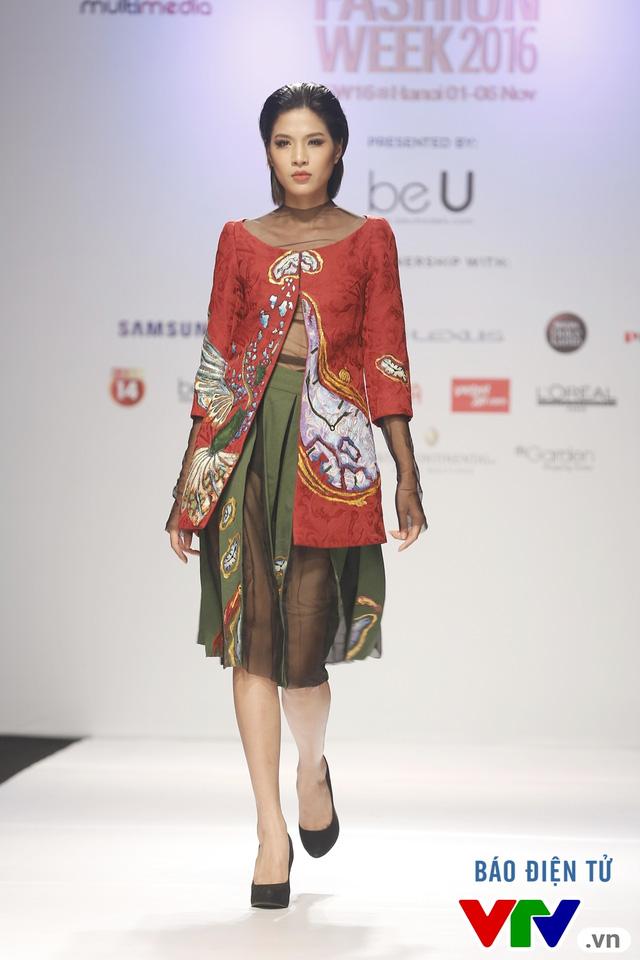 Tuần lễ thời trang quốc tế Việt Nam: Thổi hồn dân tộc vào thời trang cao cấp - Ảnh 7.