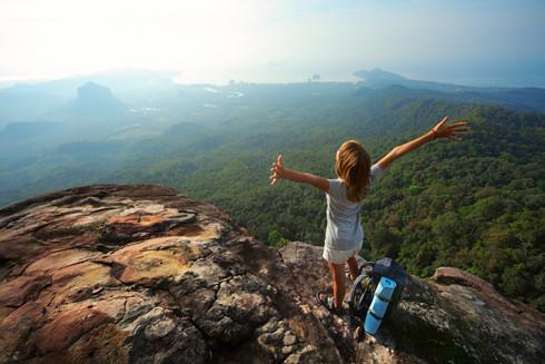 5 lời khuyên hữu ích để giữ an toàn khi đi du lịch một mình - Ảnh 2.