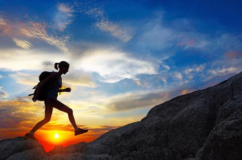5 lời khuyên hữu ích để giữ an toàn khi đi du lịch một mình - Ảnh 1.