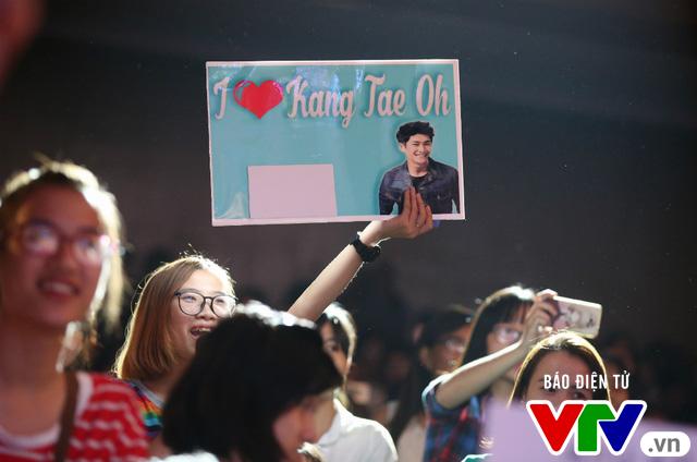Hôn Nhã Phương bất thành, Kang Tae Oh tay trong tay với Mạnh Trường - Ảnh 15.