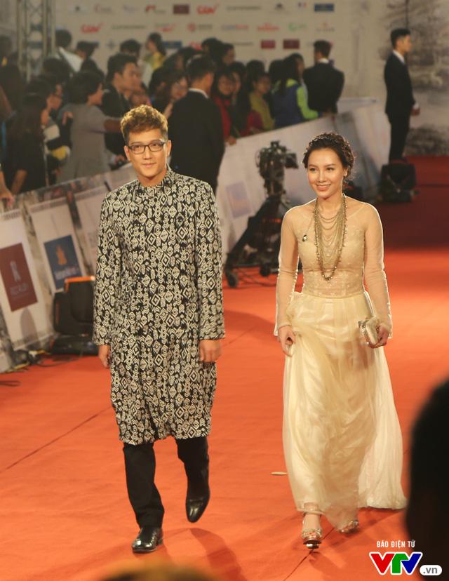 Dàn sao lộng lẫy đổ bộ Liên hoan phim Quốc tế Hà Nội lần thứ IV - Ảnh 2.