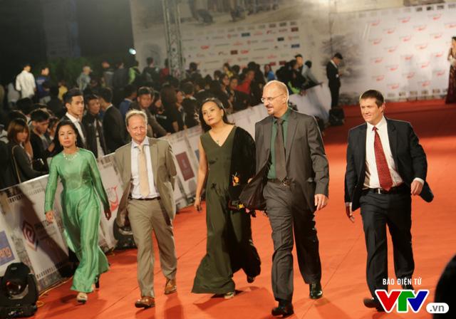 Dàn sao lộng lẫy đổ bộ Liên hoan phim Quốc tế Hà Nội lần thứ IV - Ảnh 20.