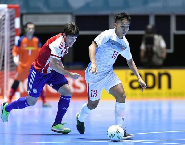 ĐT Futsal Việt Nam lần đầu vào vòng 1/8 World Cup: Hành trình quả cảm và giàu cảm xúc - Ảnh 2.