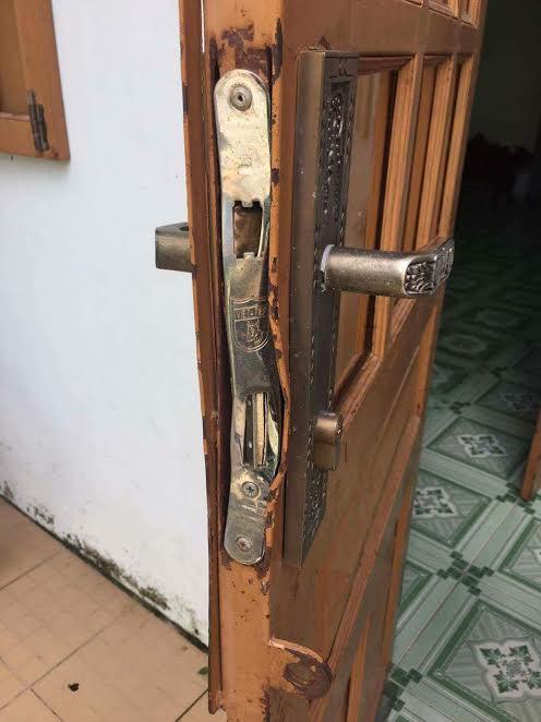 Giả nhân viên thu tiền nước, phá két sắt trộm 100 triệu đồng - Ảnh 2.