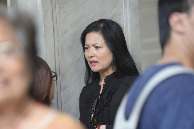 Các nghệ sĩ rơi nước mắt tiễn đưa NSƯT Hán Văn Tình - Ảnh 6.