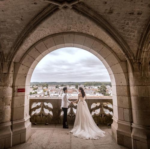 Ảnh cưới như cổ tích của cô nàng thời tiết Mai Ngọc - Ảnh 5.