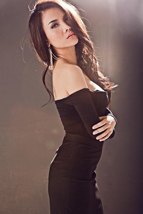 Yến Trang hối hận vì không lấy chồng theo tâm nguyện của mẹ - Ảnh 1.