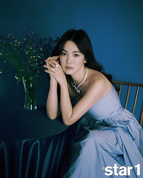 Song Hye Kyo dẫn đầu Top 10 Nữ thần làng giải trí châu Á - Ảnh 1.