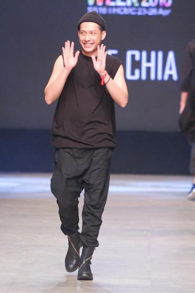 """Soái ca"""" của Tuần lễ thời trang quốc tế Việt Nam đã trở lại - Ảnh 8."""