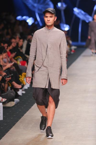 """Soái ca"""" của Tuần lễ thời trang quốc tế Việt Nam đã trở lại - Ảnh 3."""