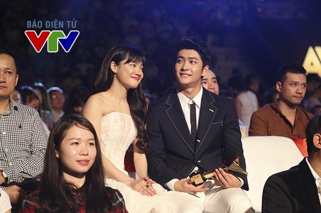 VTV Awards 2017: Kang Tae Oh – một mình chống lại dàn sao nam phim Người phán xử - Ảnh 1.
