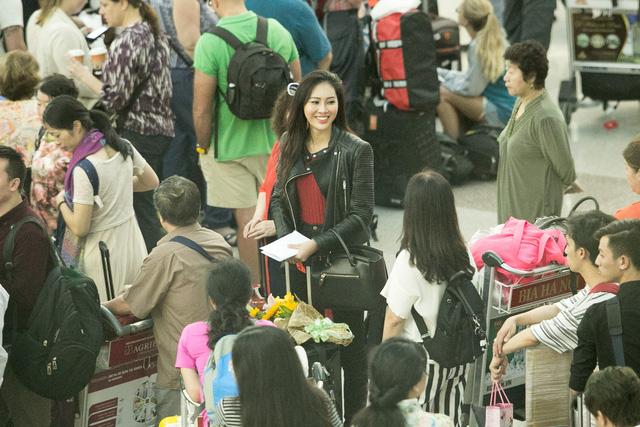 Diệu Ngọc lên đường thi Miss World với... 1 tạ hành lý - Ảnh 5.