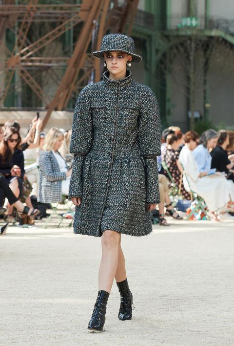 Chanel mang tháp Eiffel lên sàn diễn thời trang cao cấp - Ảnh 20.
