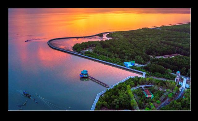 Việt Nam đẹp ngỡ ngàng khi nhìn từ trên cao - Ảnh 1.