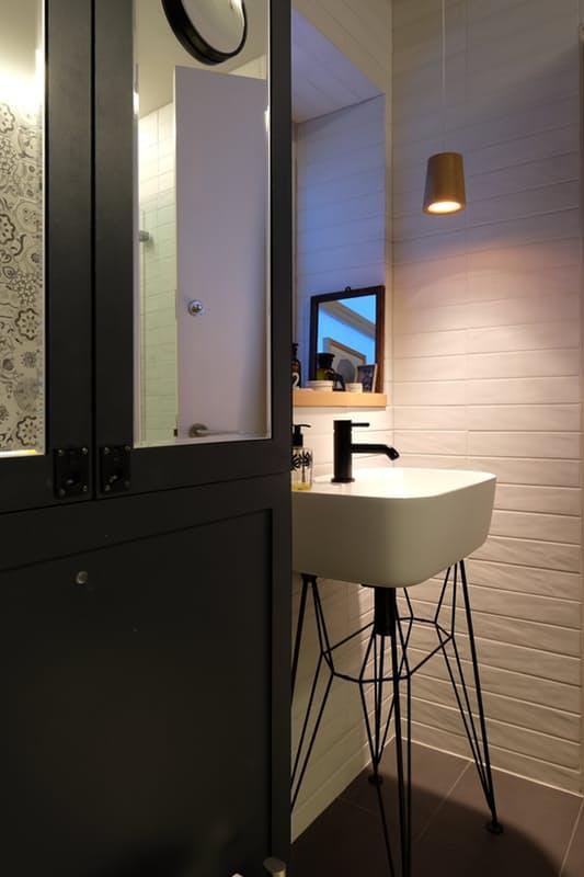 Những điểm nhấn xóa tan nét ảm đạm cho căn hộ màu xám - Ảnh 11.