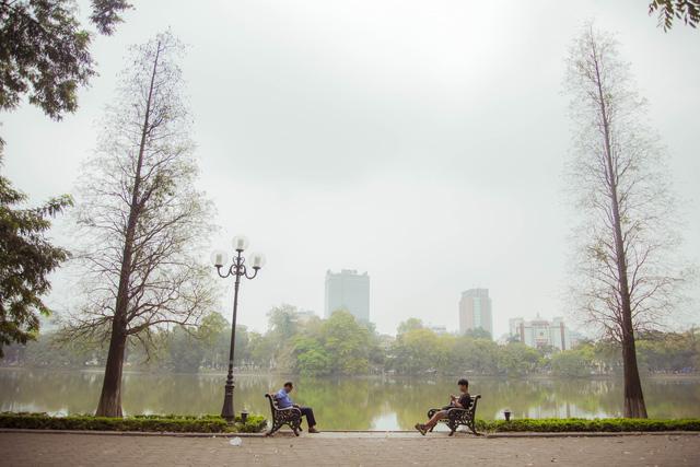 Ngỡ ngàng vẻ đẹp của Hà Nội trong tiết giao mùa tháng 4 - Ảnh 1.