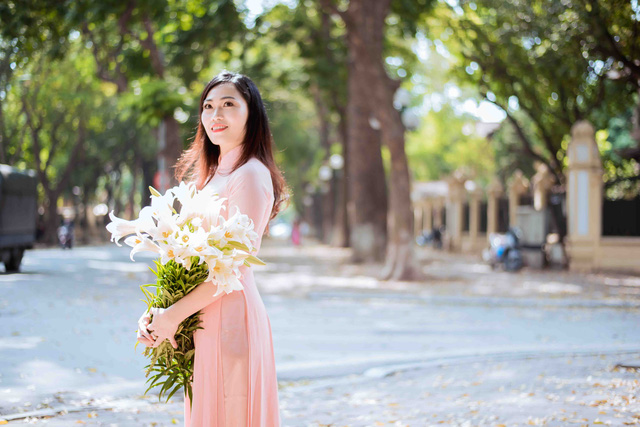 Con đường lãng mạn nhất Hà Nội đẹp ngỡ ngàng mùa cây thay lá - ảnh 9