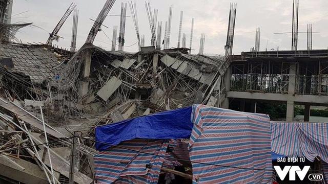 Hiện trường vụ đổ sập công trình trường mầm non Vườn Xanh ở Mỹ Đình - Ảnh 2.