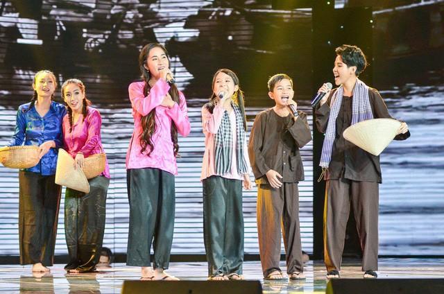 Hành trình biến đổi ấn tượng của Quán quân Giọng hát Việt nhí 2017 - Ảnh 5.