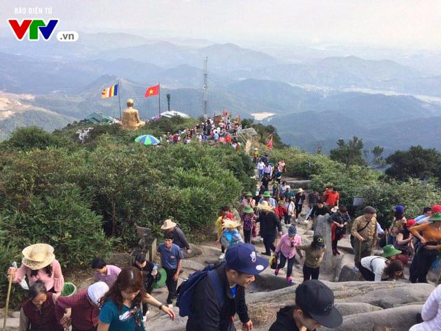Du xuân Yên Tử mùa lễ hội 2017 - Ảnh 7.