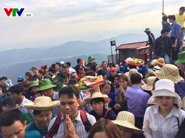 Du xuân Yên Tử mùa lễ hội 2017 - Ảnh 11.