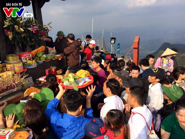 Du xuân Yên Tử mùa lễ hội 2017 - Ảnh 10.