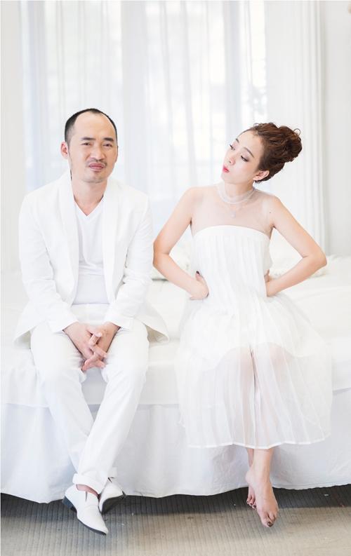 GK Biệt tài tí hon lộ diện trong bộ ảnh hài hước kỷ niệm 6 năm ngày cưới - Ảnh 2.