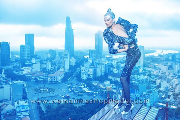 Thót tim những màn phiêu trên không trung của 8 mùa Vietnams Next Top Model - Ảnh 3.