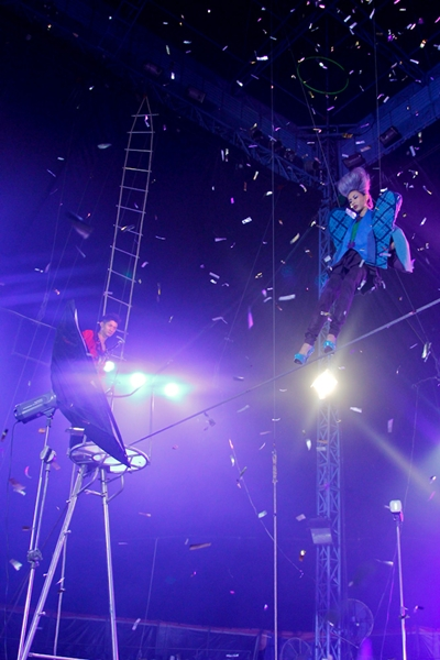 Thót tim những màn phiêu trên không trung của 8 mùa Vietnams Next Top Model - Ảnh 4.