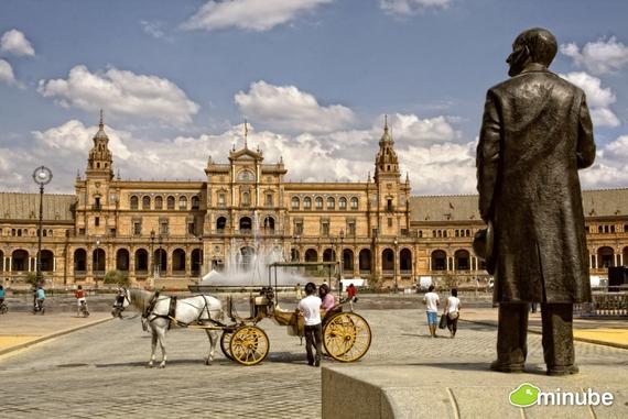 Hội An lọt top 50 thành phố đáng ghé thăm ít nhất một lần trong đời - Ảnh 2.