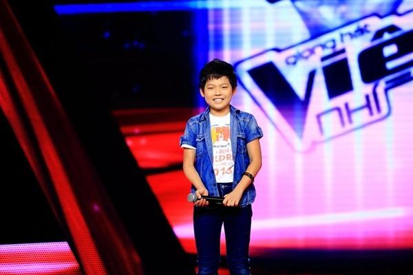 Bất ngờ trước sự trưởng thành của thí sinh Giọng hát Việt nhí trong MV mới - Ảnh 1.