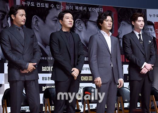 Quý ông U50 Jang Dong Gun khoe vẻ lịch lãm, đánh bật đàn em Lee Jong Suk - Ảnh 10.