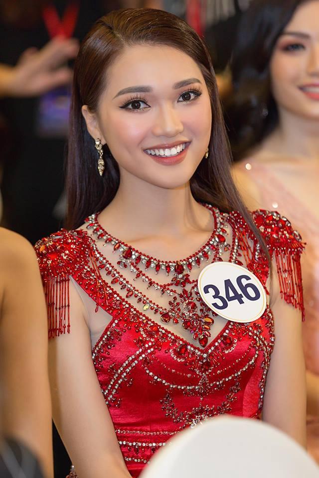 Ngắm nhan sắc người đẹp Hoa hậu Hoàn vũ Việt Nam 2017 bị mắng vì không trung thực - Ảnh 6.