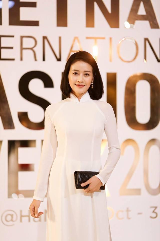 MC Phí Linh biến hóa với phong cách thời trang đa dạng và chất lừ - Ảnh 6.