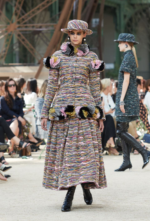 Chanel mang tháp Eiffel lên sàn diễn thời trang cao cấp - Ảnh 13.