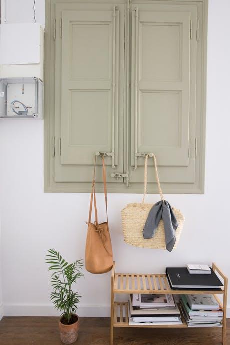 Thích mê không gian trong căn hộ mang phong cách tối giản - Ảnh 2.