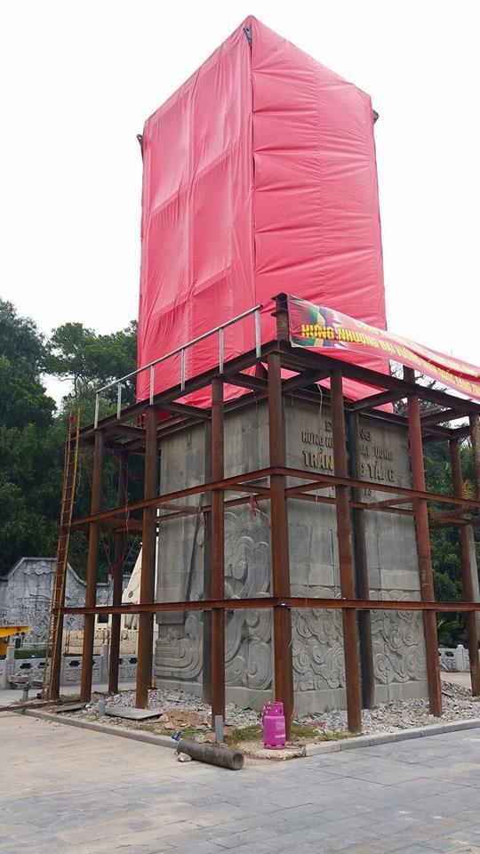 Di dời tượng Đức Ông nặng 40 tấn lên đồi cao 62m ở Quảng Ninh - Ảnh 2.
