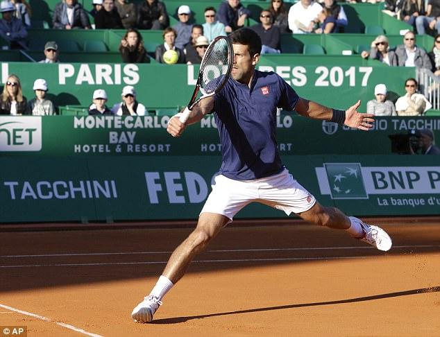 Monte Carlo Masters 2017: Djokovic nhọc nhằn vào tứ kết - Ảnh 1.