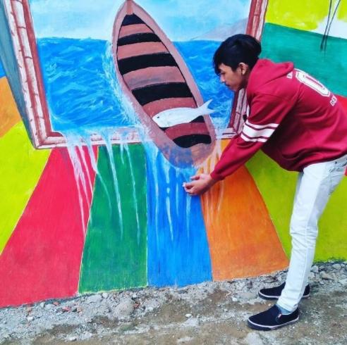 Khu ổ chuột ở Indonesia hóa làng cầu vồng tuyệt đẹp - Ảnh 4.