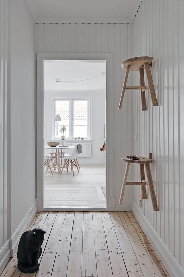 Trang trí tường nhà vừa ấn tượng vừa tiện dụng trong không gian nhỏ - Ảnh 3.