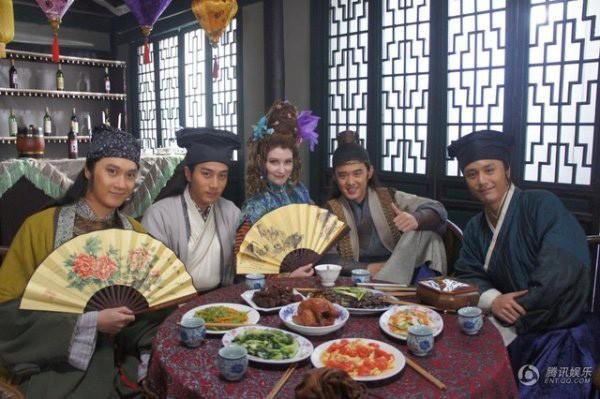 Phim truyện Trung Quốc mới trên VTV2: Giang Nam tứ đại tài tử - Ảnh 2.
