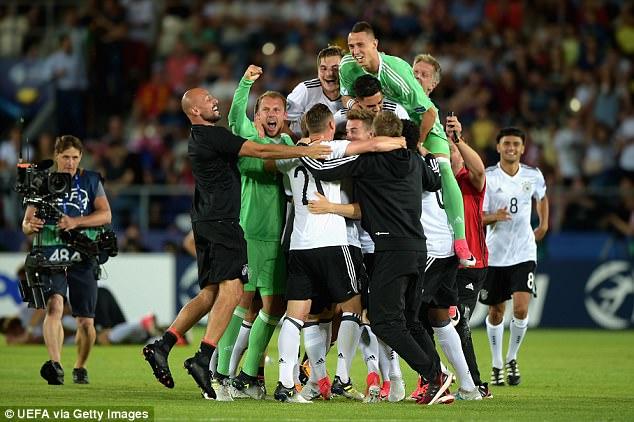 Weiser ghi bàn duy nhất, U21 Đức giành chức vô địch U21 châu Âu - Ảnh 1.