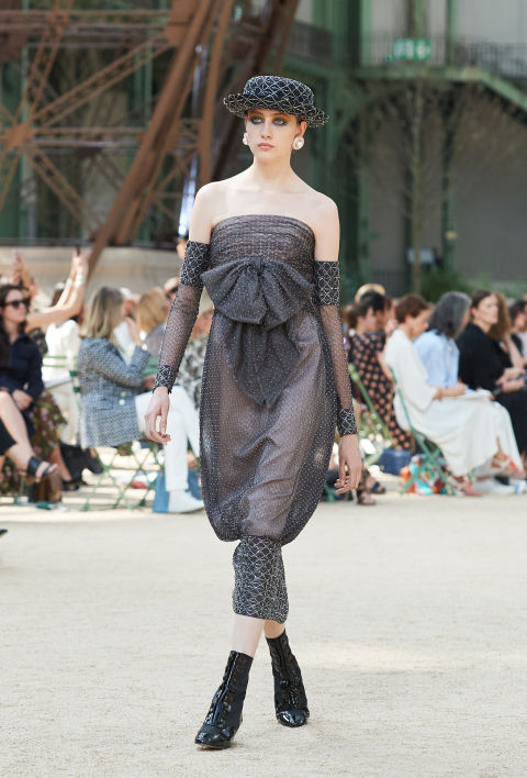Chanel mang tháp Eiffel lên sàn diễn thời trang cao cấp - Ảnh 9.