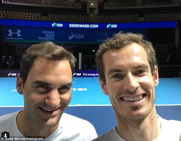 ẢNH: Ngộ nghĩnh Roger Federer mặc váy đối đầu với Andy Murray - Ảnh 12.