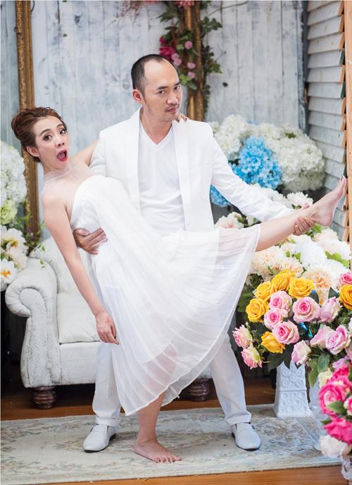 GK Biệt tài tí hon lộ diện trong bộ ảnh hài hước kỷ niệm 6 năm ngày cưới - Ảnh 4.