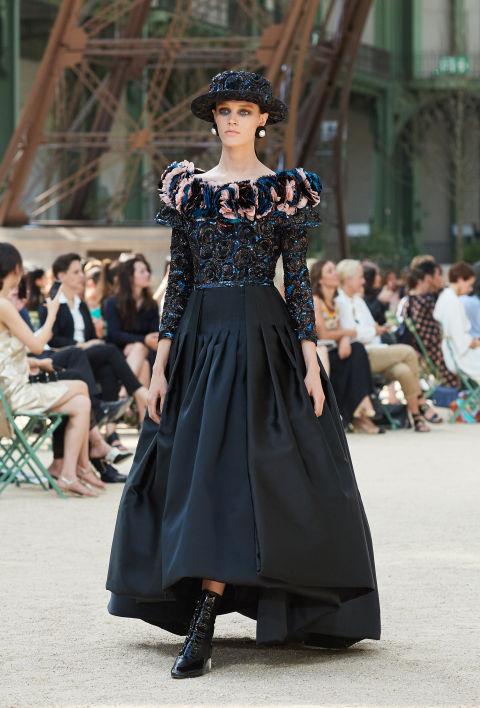 Chanel mang tháp Eiffel lên sàn diễn thời trang cao cấp - Ảnh 5.