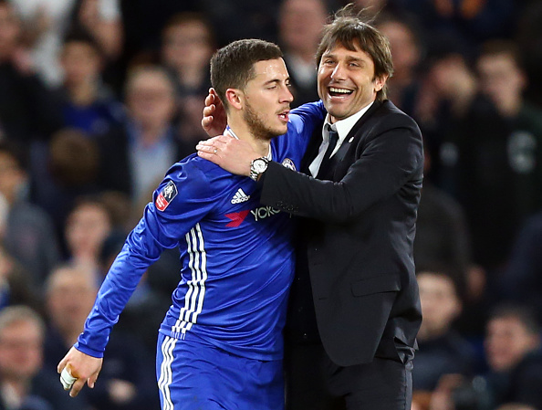 Không phải Kante, đây mới là Cầu thủ xuất sắc nhất Chelsea 2016/17 - Ảnh 1.