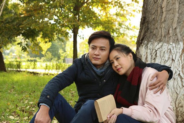 Café Sáng cuối tuần: Lắng nghe chuyện tình đẹp của Hồng Đăng - Hồng Diễm trong Matxcơva – Mùa thay lá - Ảnh 1.
